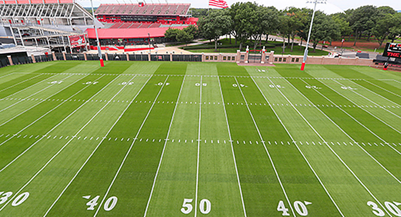 Playing on Home-Grown Turf: NJAES Guides State-of-the Art Scarlet Knights Football Practice Field Renovation: When Rutgers Athletics wanted to renovate the practice fields into a top-notch facility, they sought the input of the Rutgers Canter for Turfgrass Science
